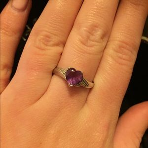 Jewelry - Heart shaped amethyst ring with diamonds 💜💎